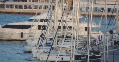 A walk in the port of Vathi of Ithaca… (pics & video)